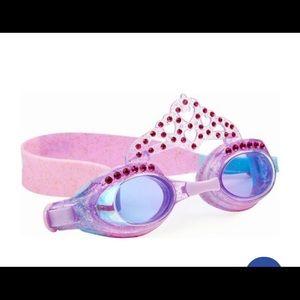 Girl's swim goggles